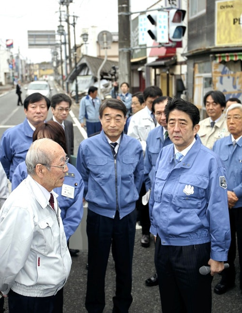 Abe inspects hard-hit areas