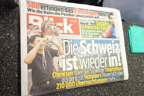 The headline: Chinese tourists are increasing drastically in Switzerland.