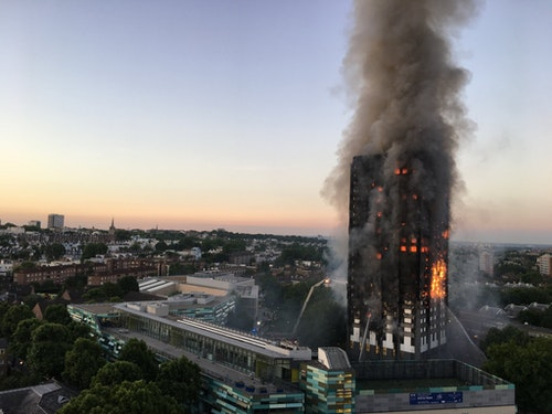 Grenfell_Tower_fire_(wider_view)