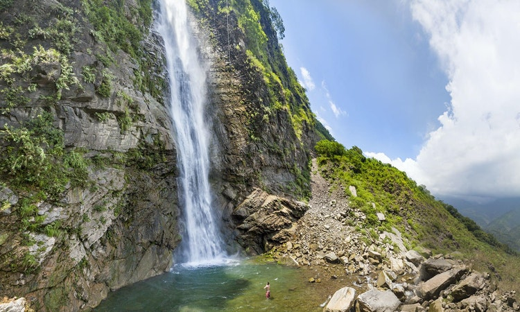 Traipsing and Swimming to 10 of Taiwan's Top Waterfalls