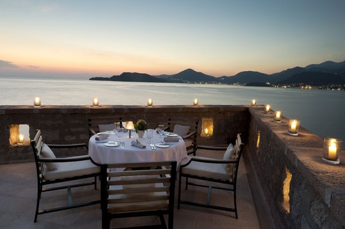 terrace-dining-high-res-1085-1522409932