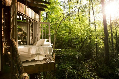 secluded-intown-treehouse-3-1538671488