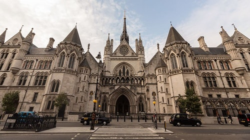 Royal_Courts_of_Justice_-_Wide_Angle_Fro