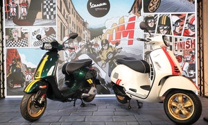 (左車)Vespa_Sprint_150_Racing_Sixties競速綠;(